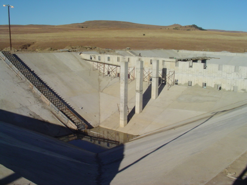 projects-bulk-water-supply-vrede-dam-thumbnail-south-africa-vip-consulting-engineers.png